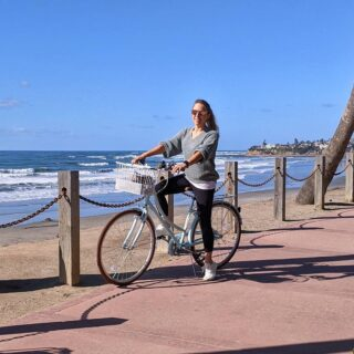 California dreaming 🌴🌊🚲🛹🌴 . . . #livingcalifornia #californiadreaming #bikelife #boardwalk #weekend